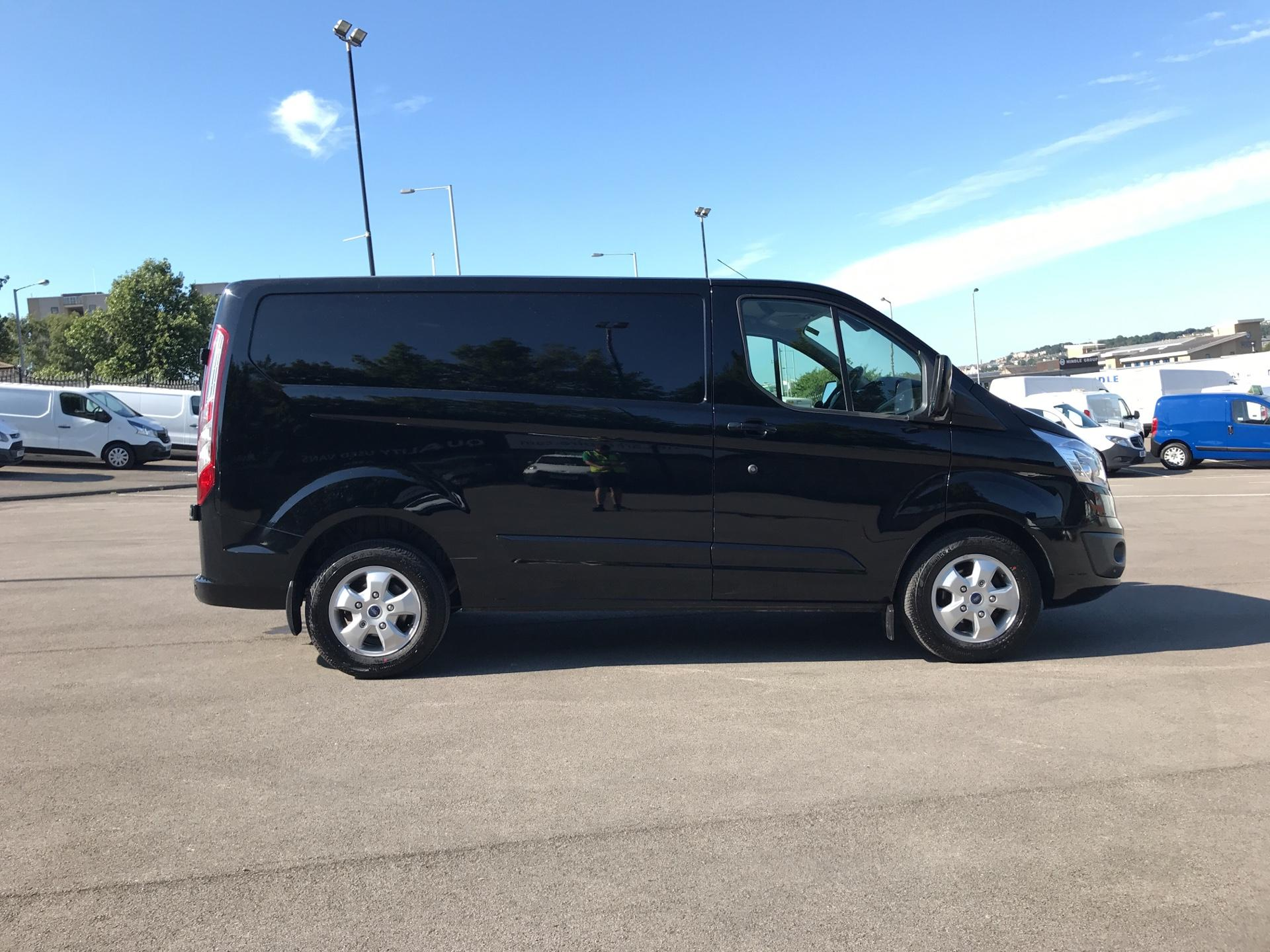2015 Ford Transit Custom 290 L1 DIESEL FWD 2.2 TDCI 125PS LOW ROOF LIMITED VAN EURO 5 (AV65VAA) Image 2
