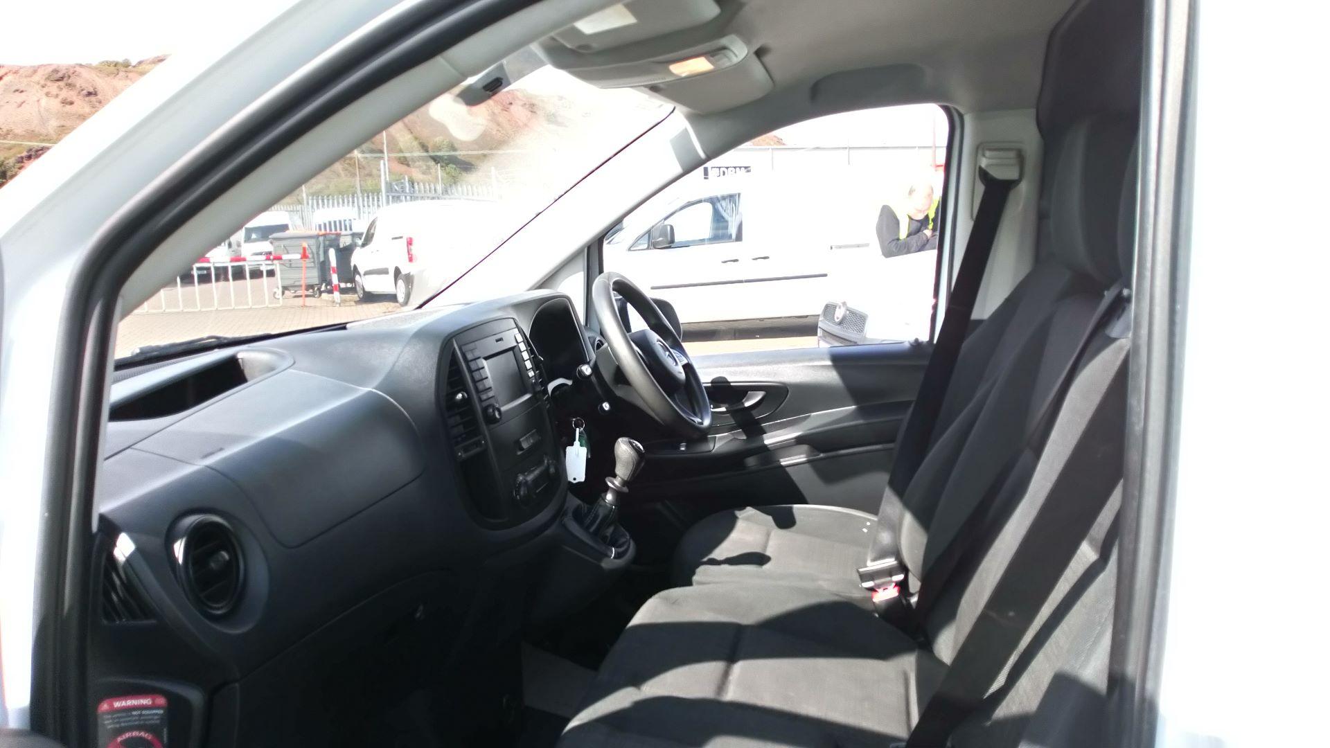 2016 Mercedes-Benz Vito 111Cdi Van (AY66OVJ) Image 11