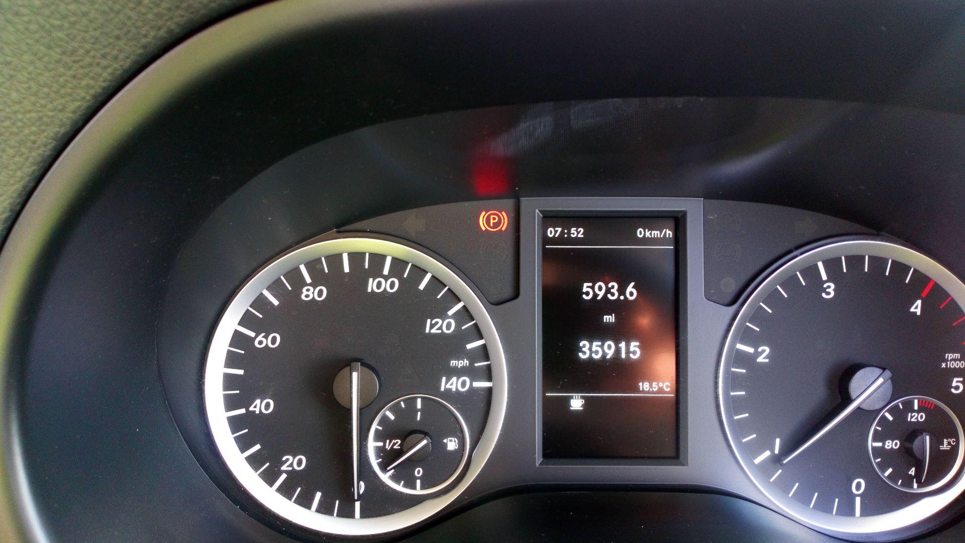2016 Mercedes-Benz Vito 111Cdi Van (AY66OVJ) Image 12