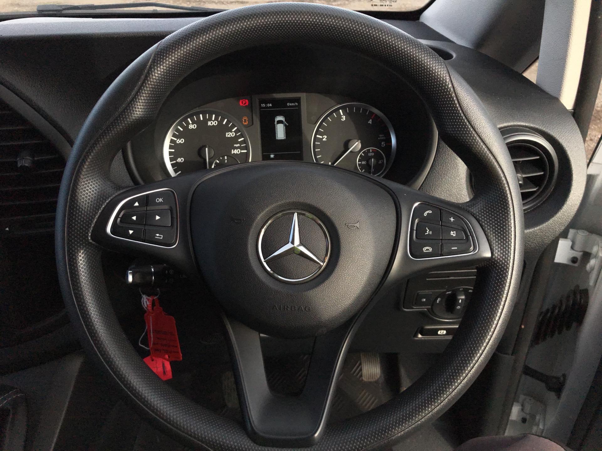 2016 Mercedes-Benz Vito LONG 111Cdi Van EURO 5/6 (AY66RWF) Image 12