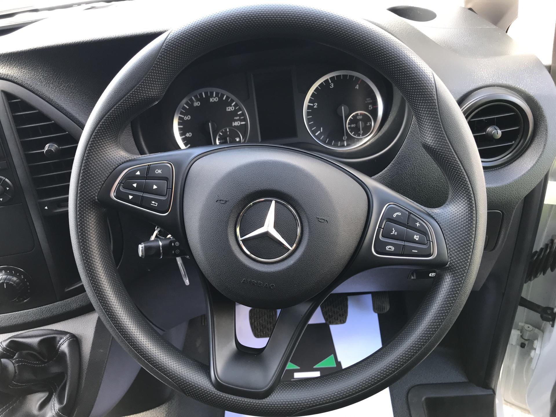 2016 Mercedes-Benz Vito 111Cdi Van EURO 5/6 (AY66RYF) Image 12