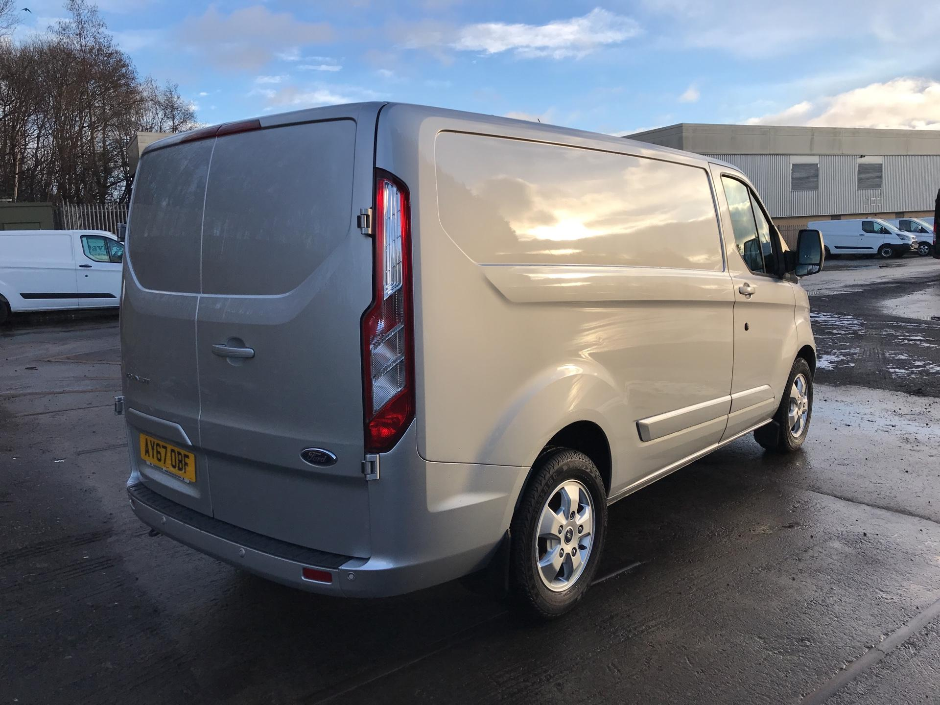 2017 Ford Transit Custom  290 L1 DIESEL FWD 2.0 TDCI 130 PS LOW ROOF LIMITED VAN EURO 6 (AY67OBF) Image 3