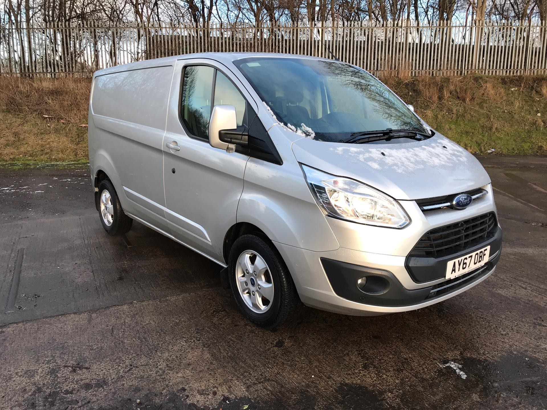 2017 Ford Transit Custom  290 L1 DIESEL FWD 2.0 TDCI 130 PS LOW ROOF LIMITED VAN EURO 6 (AY67OBF) Image 1