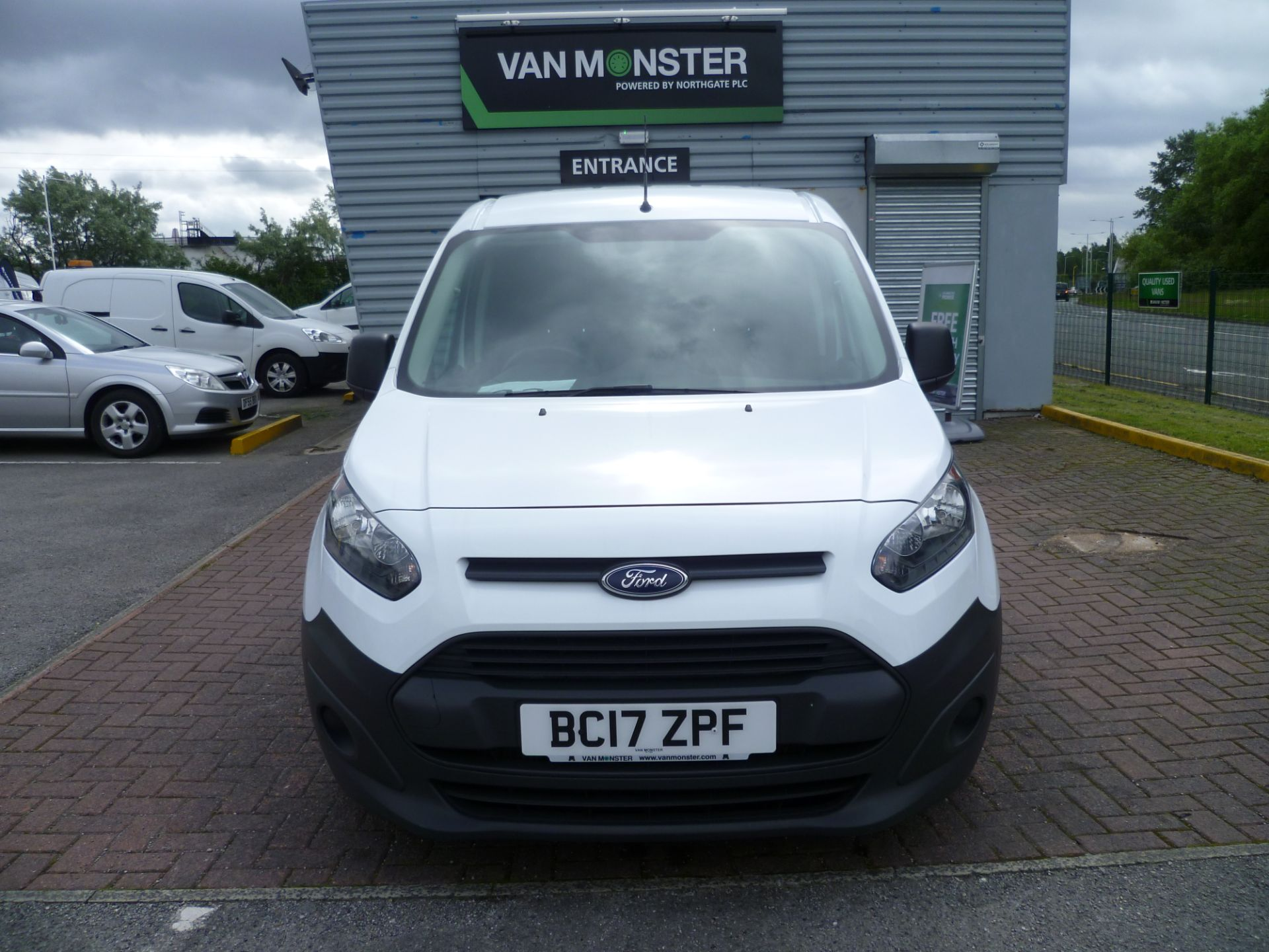 2017 Ford Transit Connect T200 L1 H1 1.5TDCI 75PS EURO 6 (BC17ZPF) Image 3