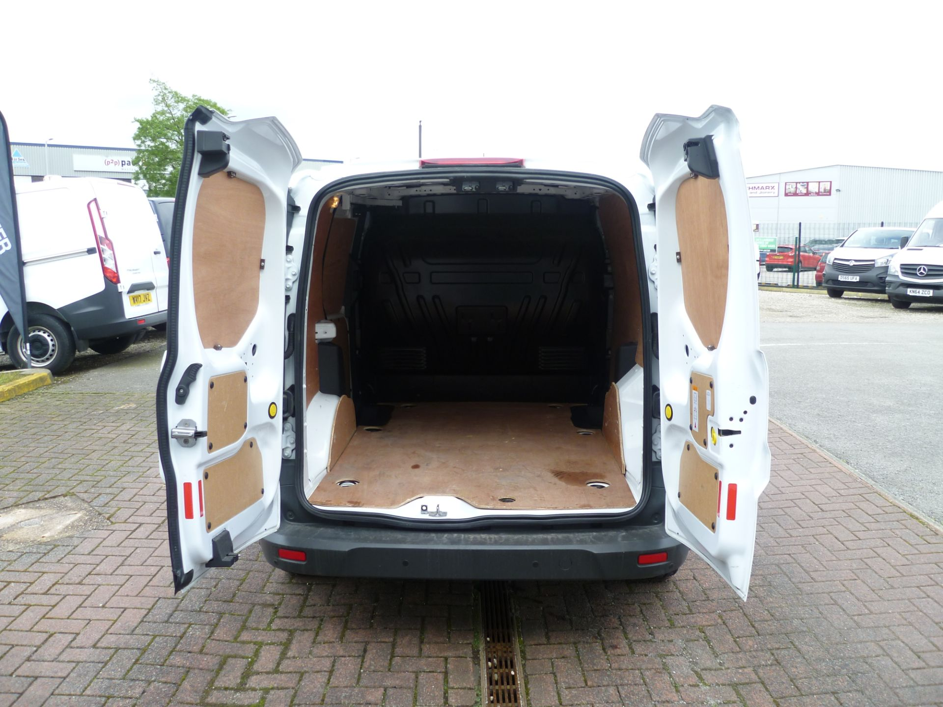 2017 Ford Transit Connect T200 L1 H1 1.5TDCI 75PS EURO 6 (BC17ZPF) Image 7