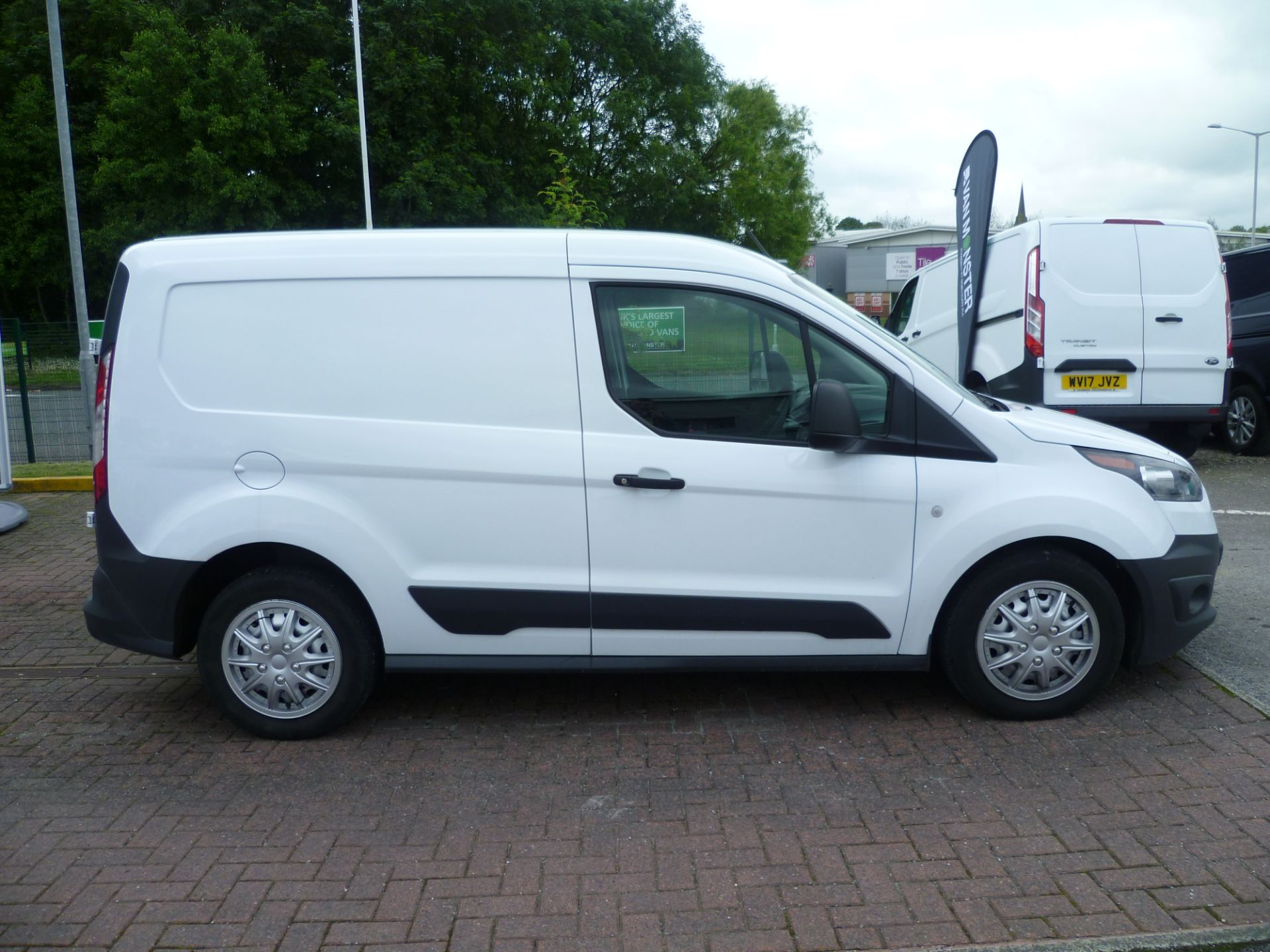 2017 Ford Transit Connect T200 L1 H1 1.5TDCI 75PS EURO 6 (BC17ZPF) Image 8