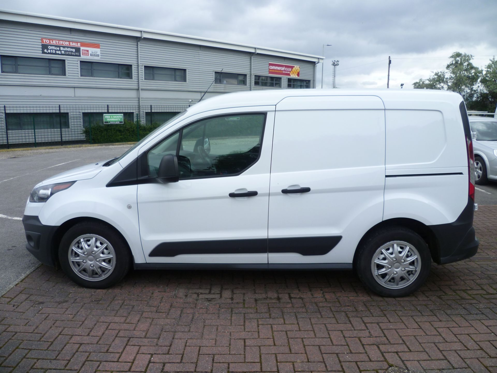 2017 Ford Transit Connect T200 L1 H1 1.5TDCI 75PS EURO 6 (BC17ZPF) Image 9