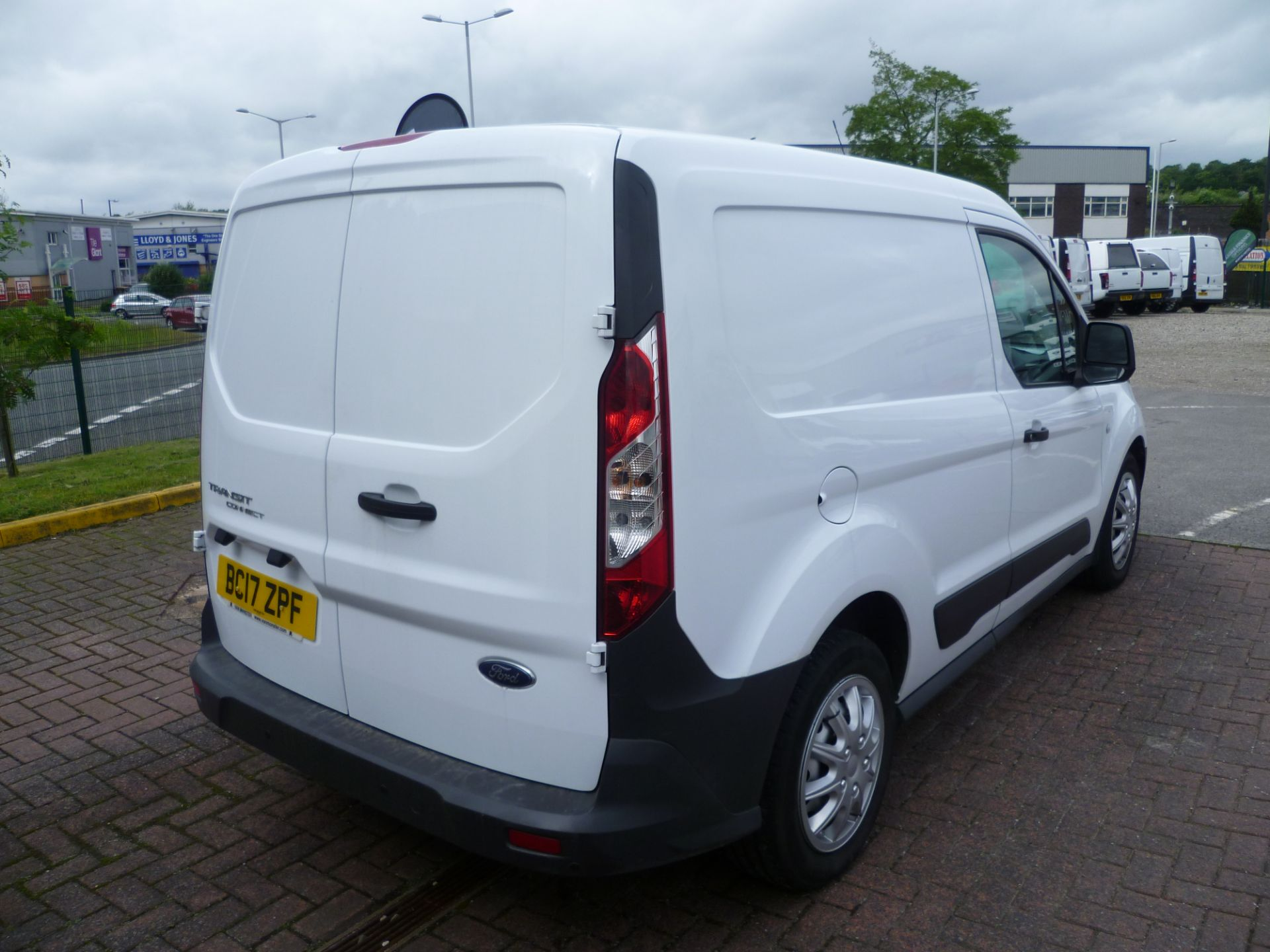 2017 Ford Transit Connect T200 L1 H1 1.5TDCI 75PS EURO 6 (BC17ZPF) Image 4