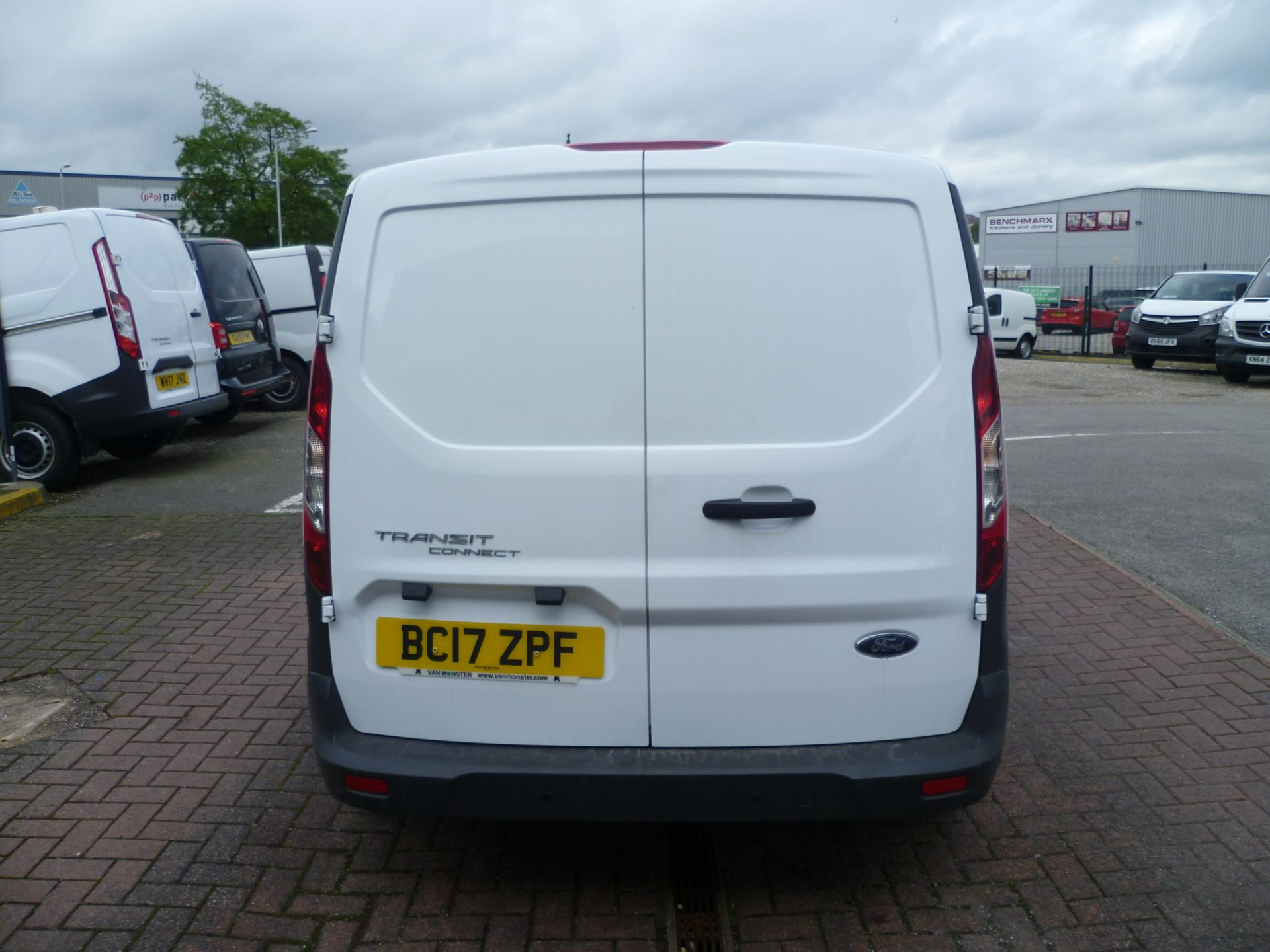 2017 Ford Transit Connect T200 L1 H1 1.5TDCI 75PS EURO 6 (BC17ZPF) Image 6