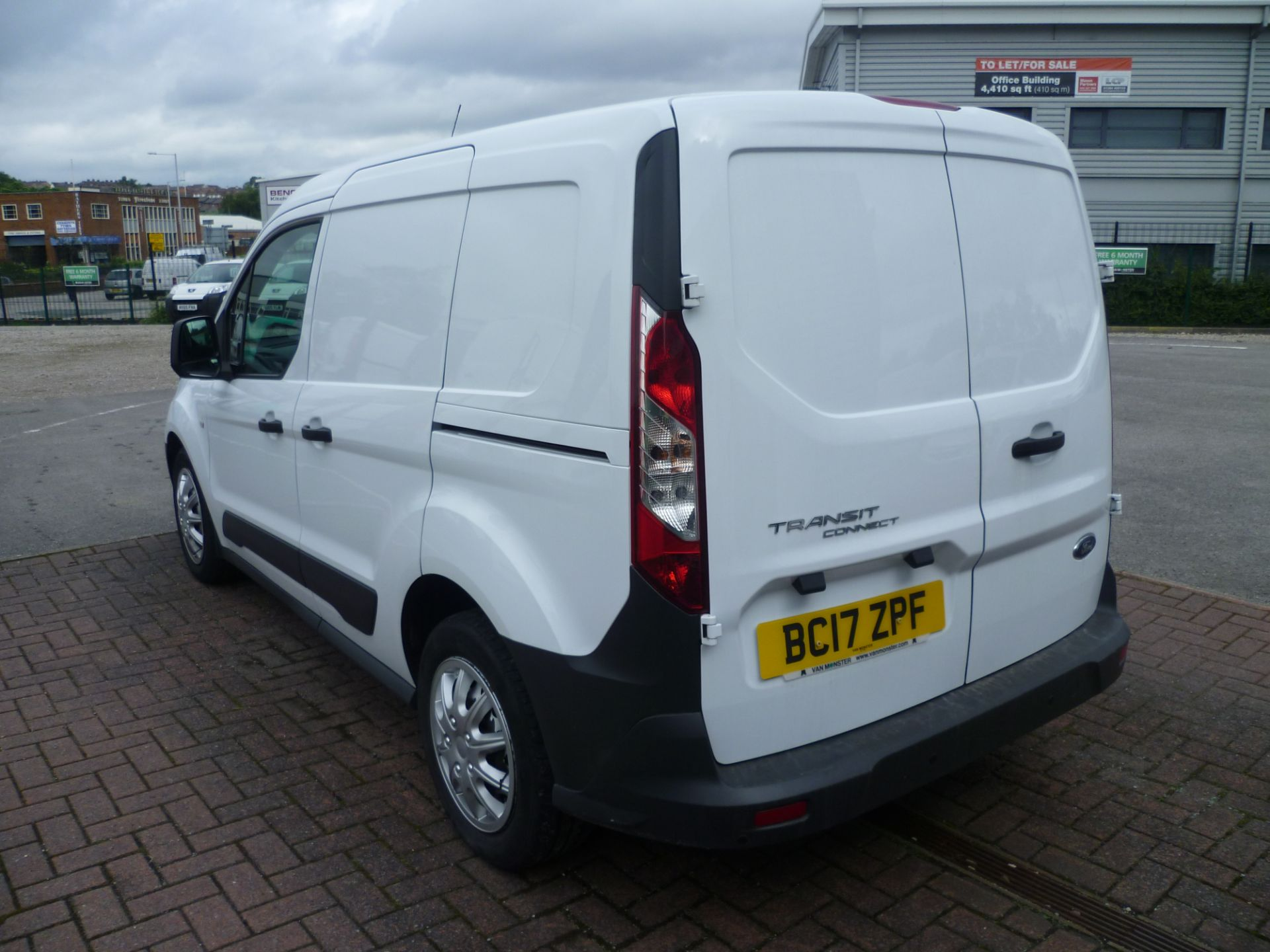 2017 Ford Transit Connect T200 L1 H1 1.5TDCI 75PS EURO 6 (BC17ZPF) Image 5