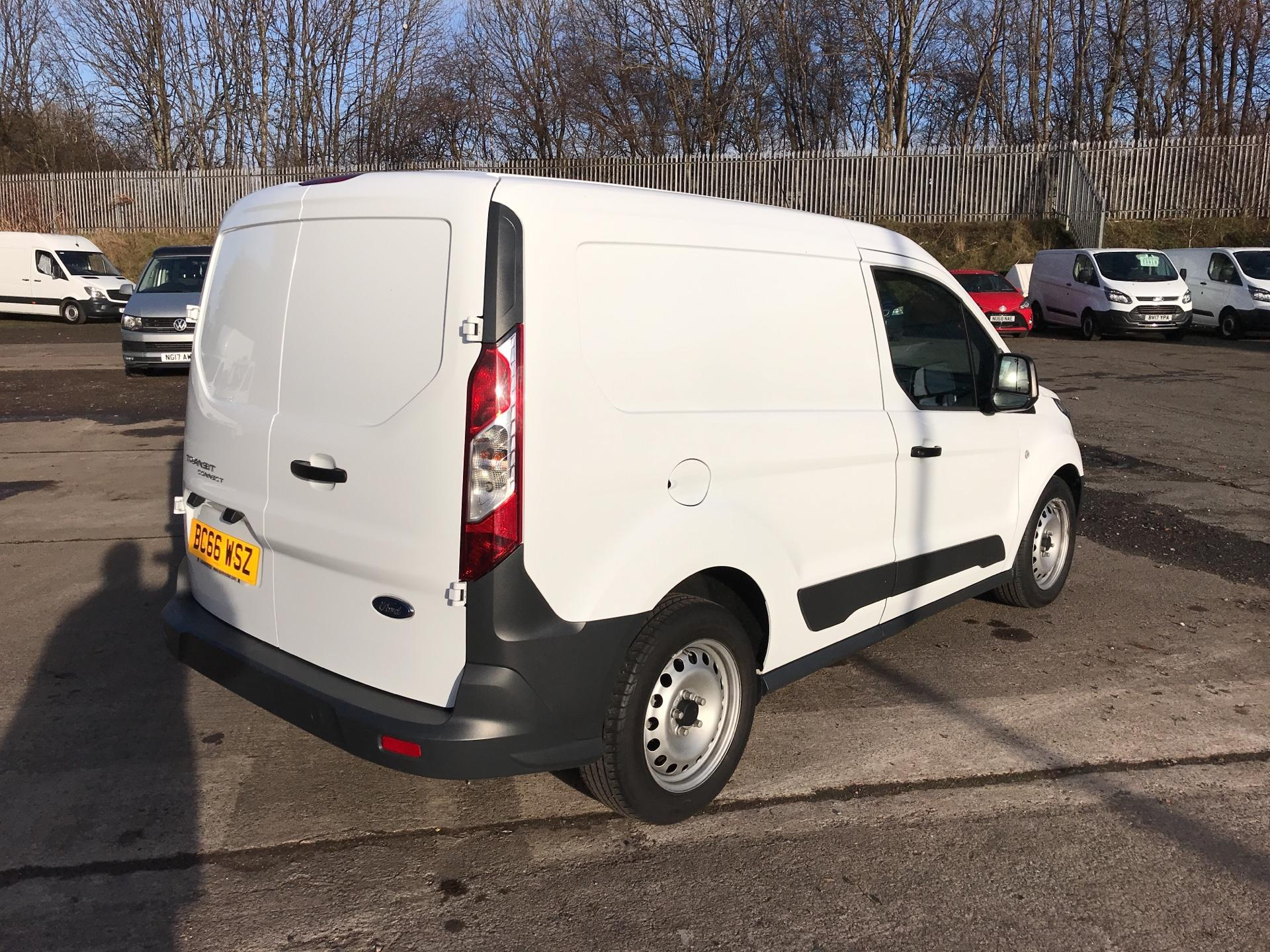 2017 Ford Transit Connect  220 L1 Diesel 1.5 TDCi 100PS Van EURO 6 (BC66WSZ) Image 3