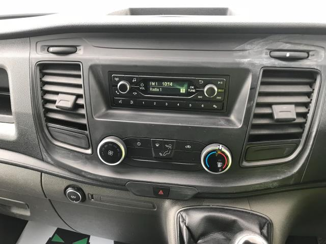 2018 Ford Transit Custom 300 L1 DIESEL FWD 2.0 TDCI 105PS LOW ROOF VAN EURO 6 (BD18ERJ) Image 25