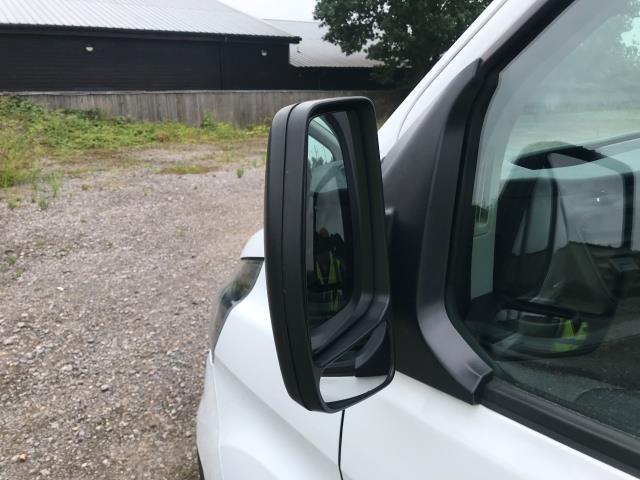 2018 Ford Transit Custom 300 L1 DIESEL FWD 2.0 TDCI 105PS LOW ROOF VAN EURO 6 (BD18ERJ) Image 33