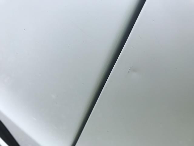 2018 Ford Transit Custom 300 L1 DIESEL FWD 2.0 TDCI 105PS LOW ROOF VAN EURO 6 (BD18ERJ) Image 13