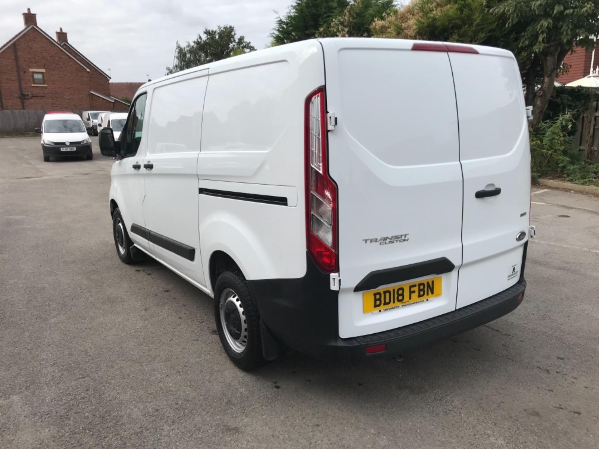 2018 Ford Transit Custom 2.0 Tdci 105Ps Low Roof Van Euro 6 (BD18FBN) Image 5