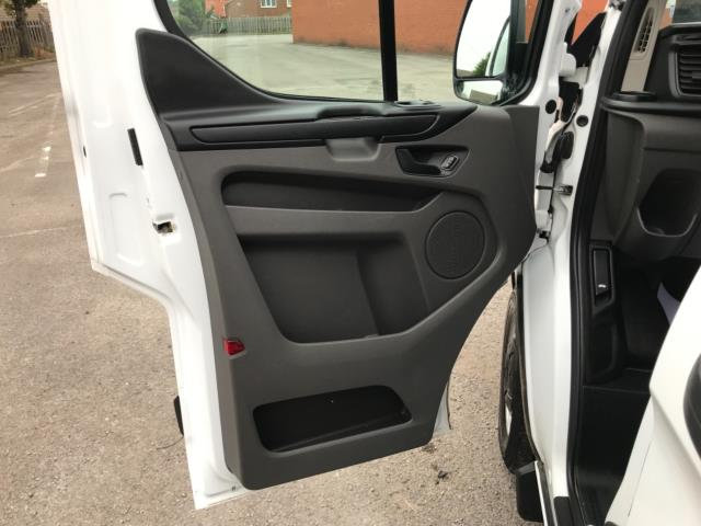 2018 Ford Transit Custom 2.0 Tdci 105Ps Low Roof Van Euro 6 (BD18ZVJ) Image 31
