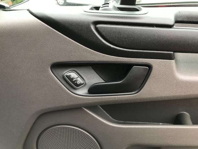 2018 Ford Transit Custom 2.0 Tdci 105Ps Low Roof Van Euro 6 (BD18ZVJ) Image 16