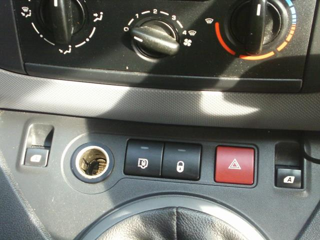 2014 Citroen Berlingo L1 Diesel 1.6 HDI 850 X 90PS [SLD] EURO 4/5 (BD64SFO) Image 30