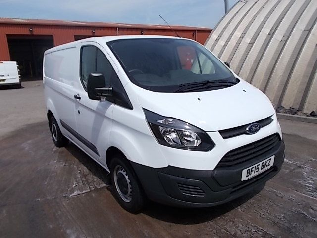 2015 Ford Transit Custom 2.2 TDCI 100PS LOW ROOF VAN EURO 5 (BF15BKZ)