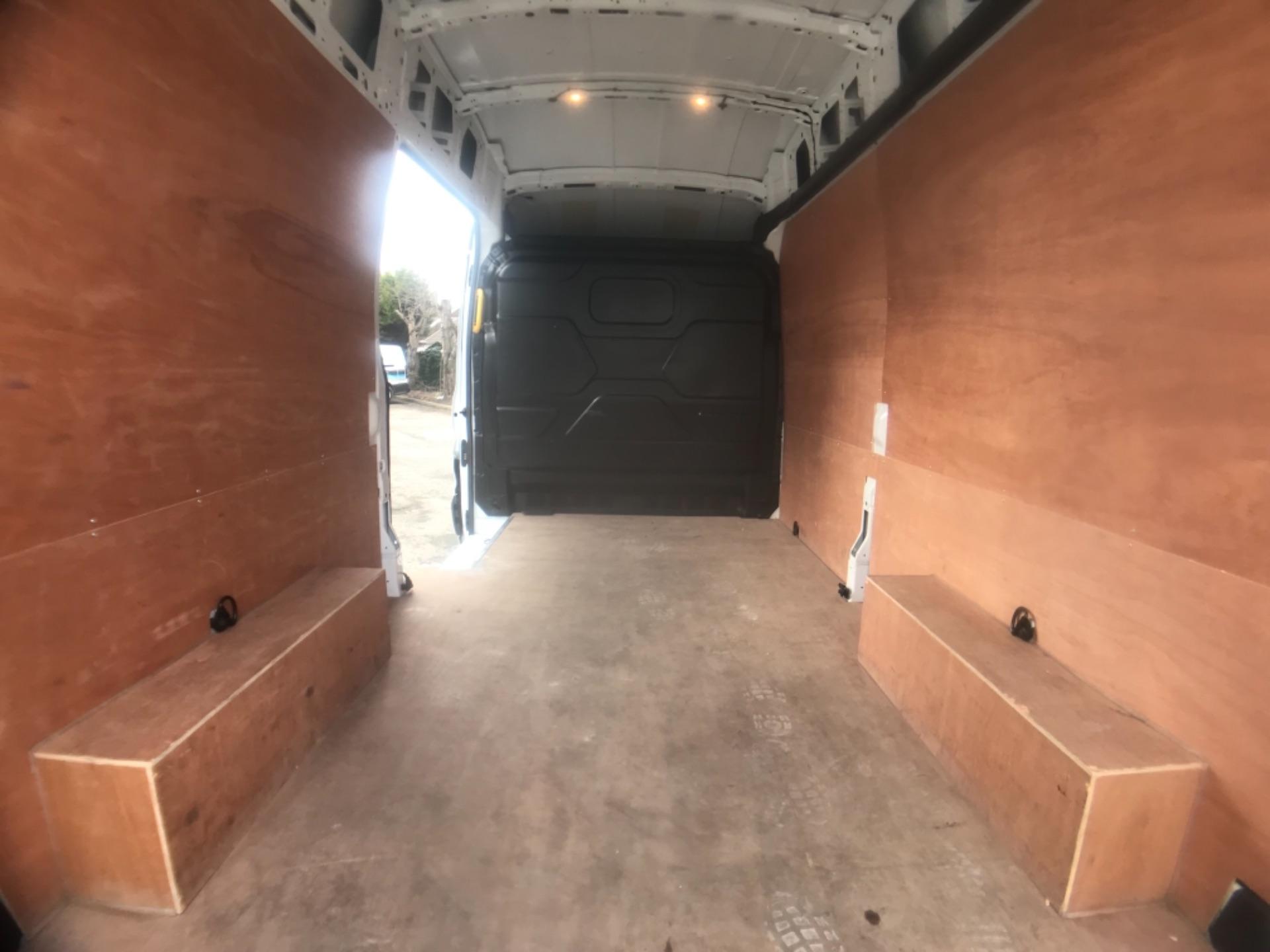 2018 Ford Transit L3 H3 VAN 130PS EURO 6 (BG68TGX) Image 23