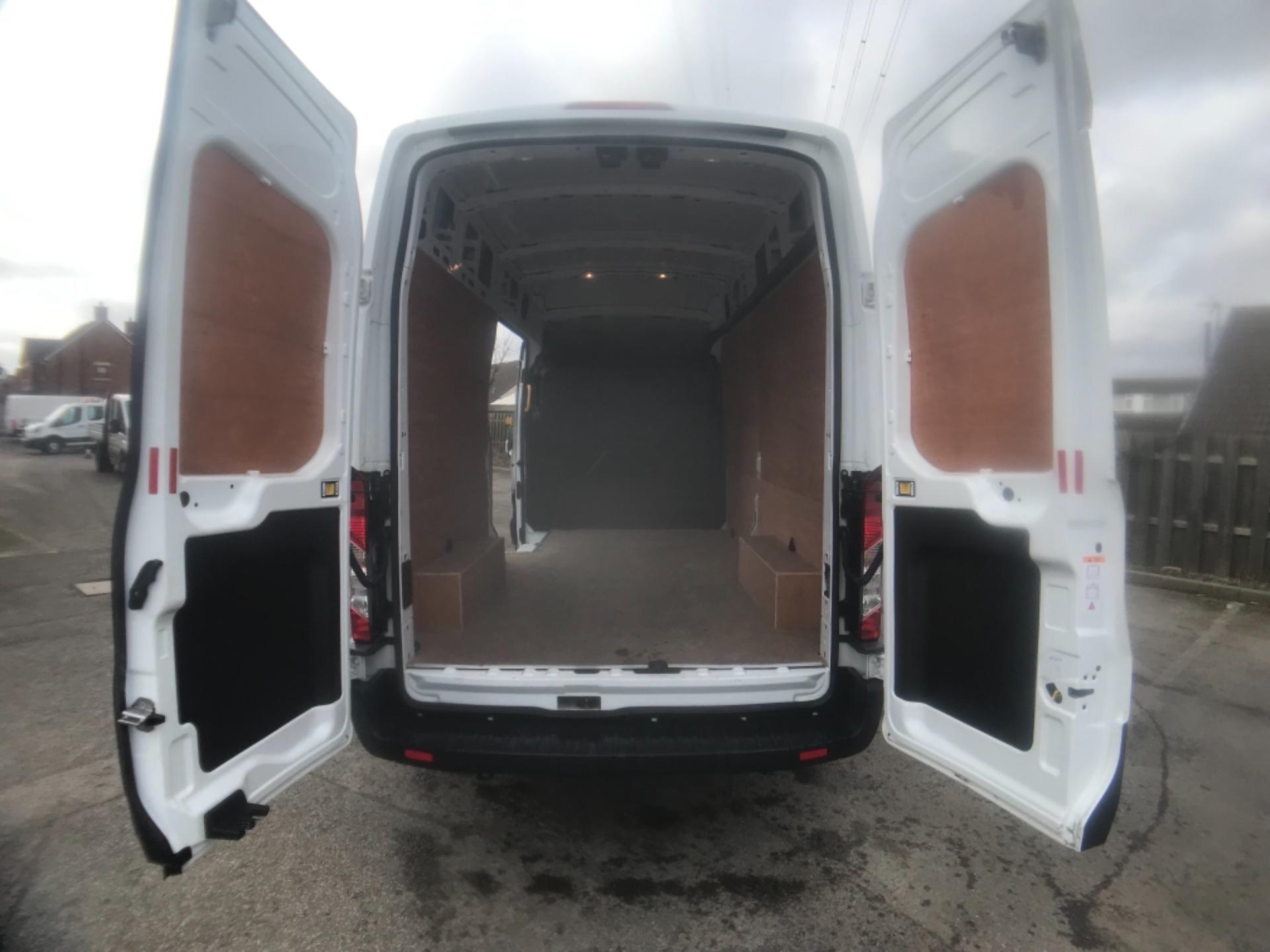 2018 Ford Transit L3 H3 VAN 130PS EURO 6 (BG68TGX) Image 24
