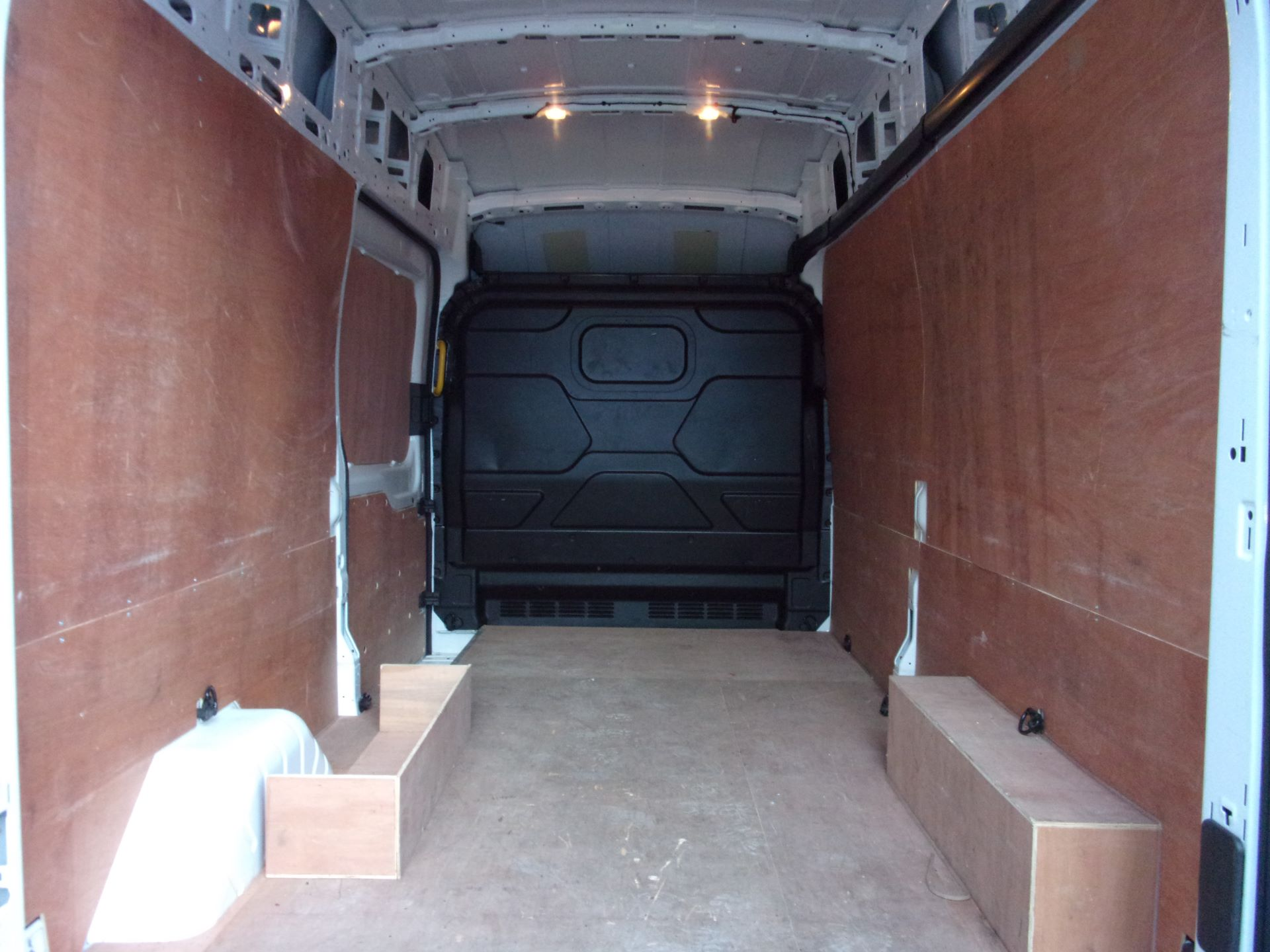 2018 Ford Transit 350 L3 H3 130PS VAN EURO 6 (BG68TLF) Image 18