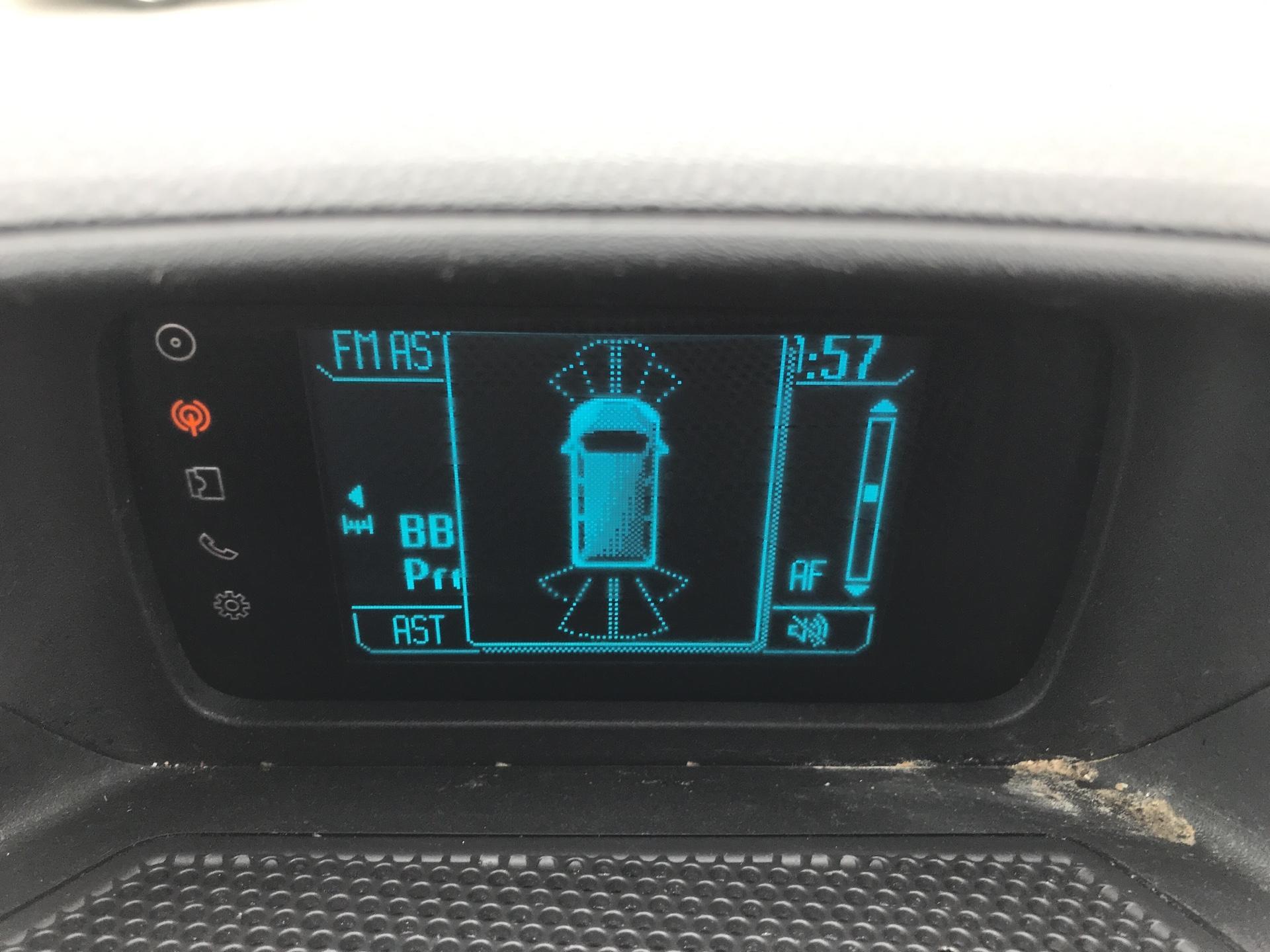 2016 Ford Transit Custom 290 L1 DIESEL FWD 2.2 TDCI 125PS LOW ROOF LIMITED VAN EURO 5 (BJ16CNA) Image 16