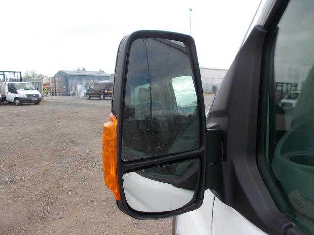 2016 Ford Transit 2.2 TDCI HEAVY DUTY LUTON WITH TAIL-LIFT (BJ16HNV) Image 10