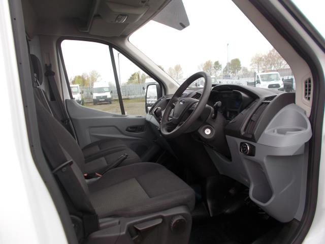 2016 Ford Transit 2.2 TDCI HEAVY DUTY LUTON WITH TAIL-LIFT (BJ16HNV) Image 17