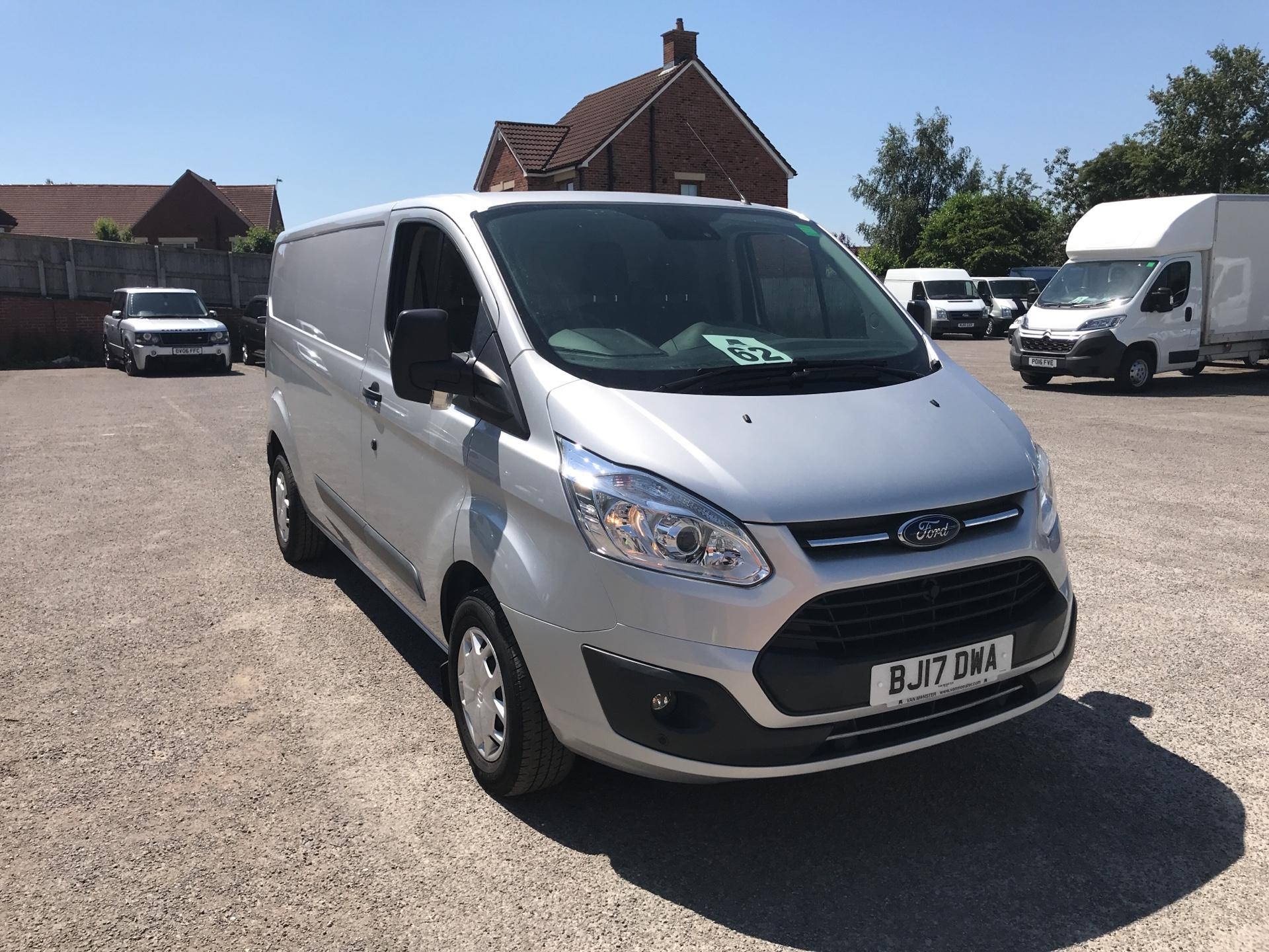 2017 Ford Transit Custom L2 H1 2.0 Tdci 130Ps Low Roof Trend Van (BJ17DWA) Image 1
