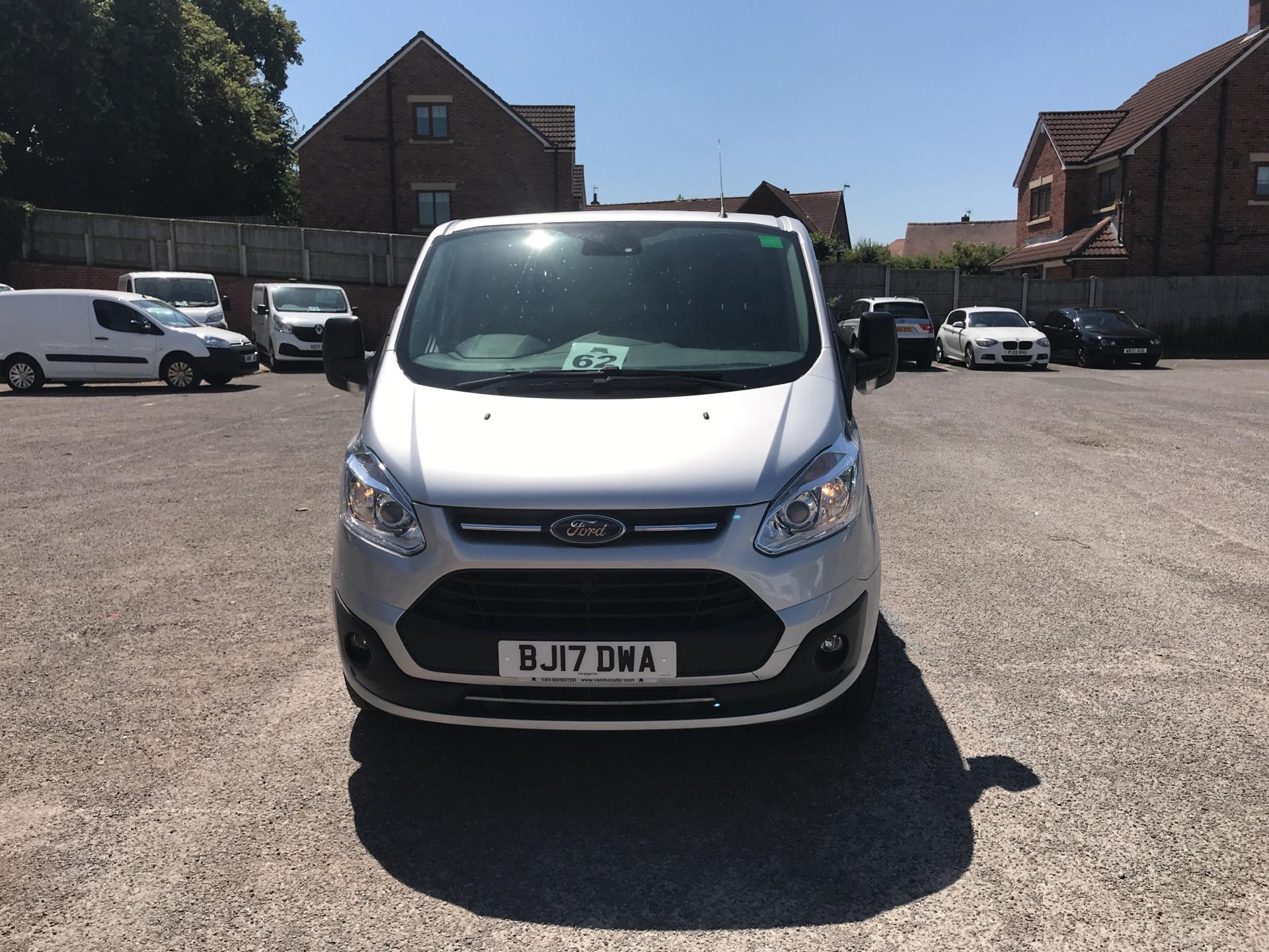 2017 Ford Transit Custom L2 H1 2.0 Tdci 130Ps Low Roof Trend Van (BJ17DWA) Image 8