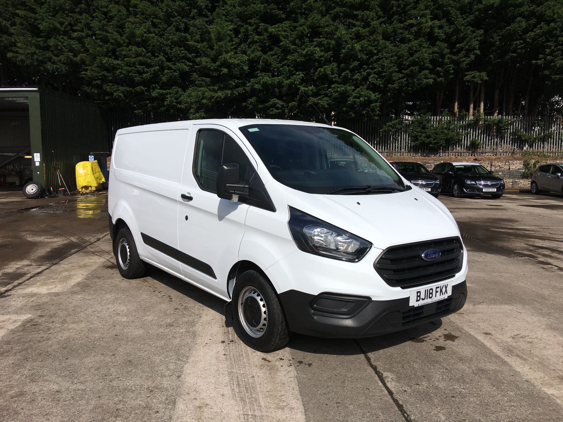 2018 Ford Transit Custom 300 L1 DIESEL FWD 2.0 TDCI 105PS LOW ROOF EURO 6 (BJ18FKX)