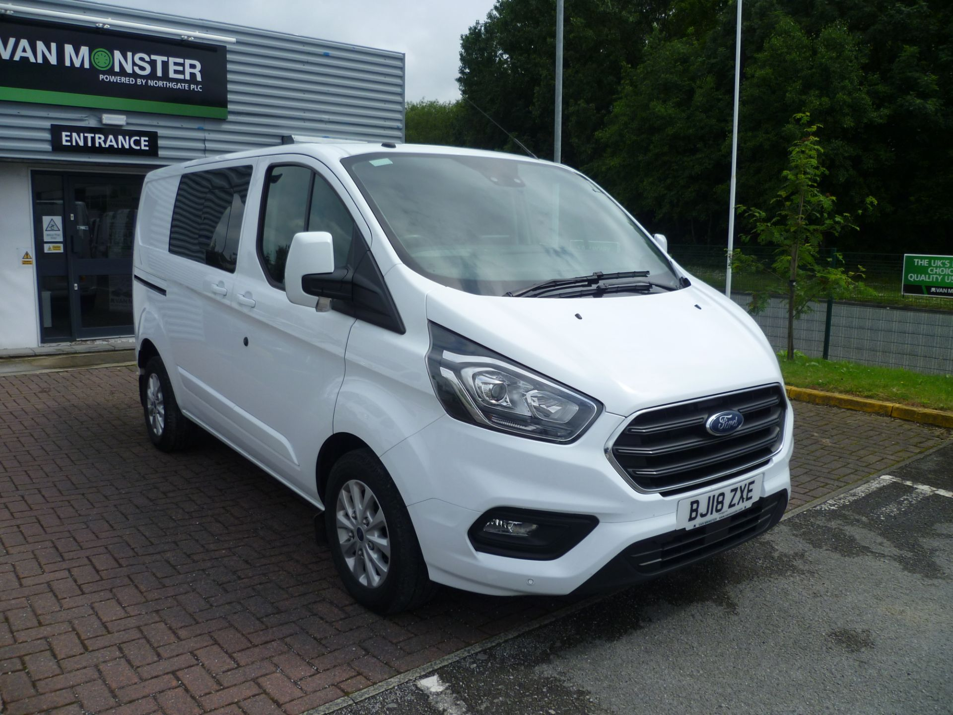 2018 Ford Transit Custom 2.0 Ecoblue 130Ps Low Roof D/Cab Limited Van EURO 6 (BJ18ZXE)