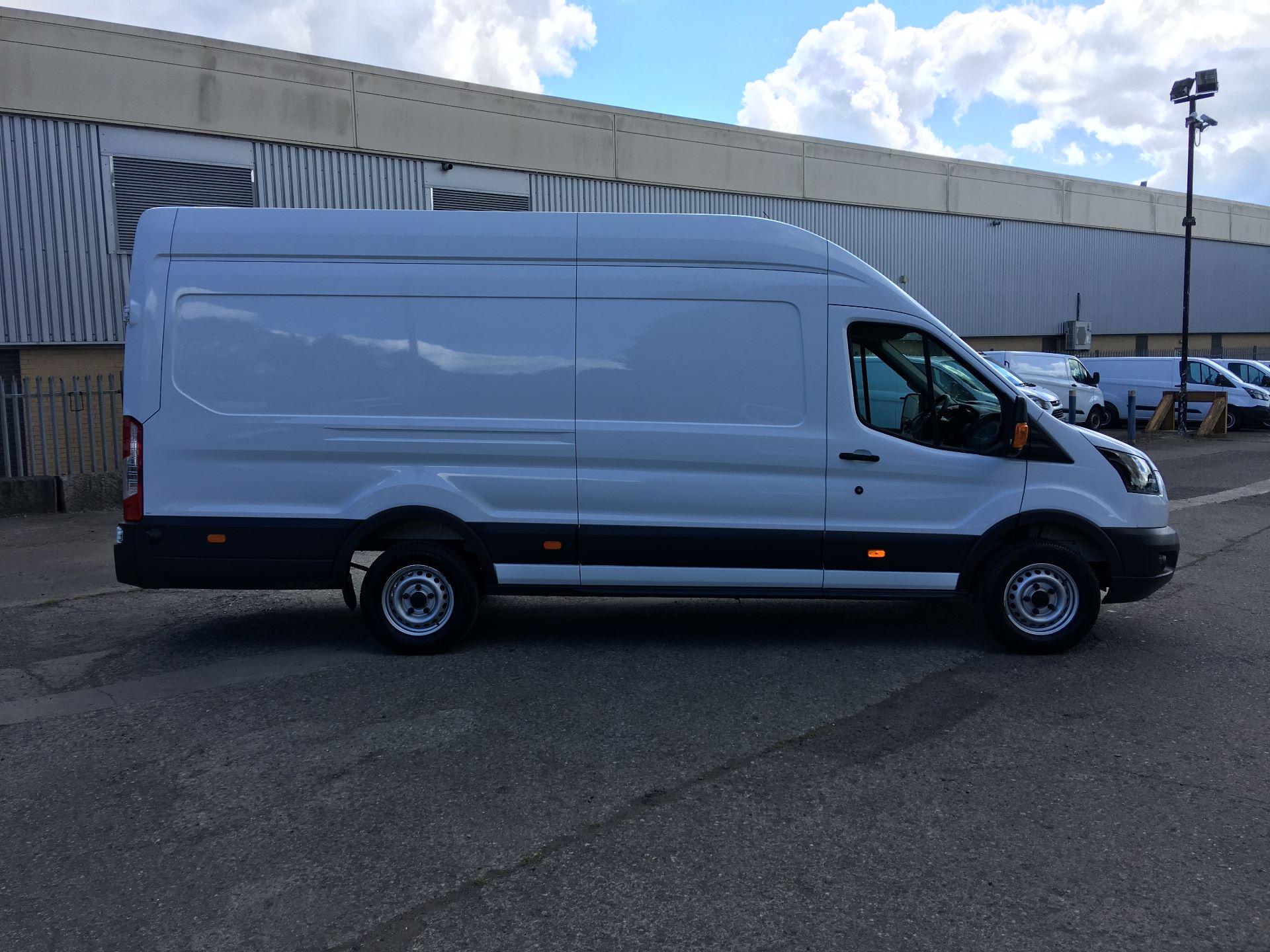 2017 Ford Transit 350 L4 H3 VAN 130PS EURO 6 JUMBO (BJ67AZC) Image 8