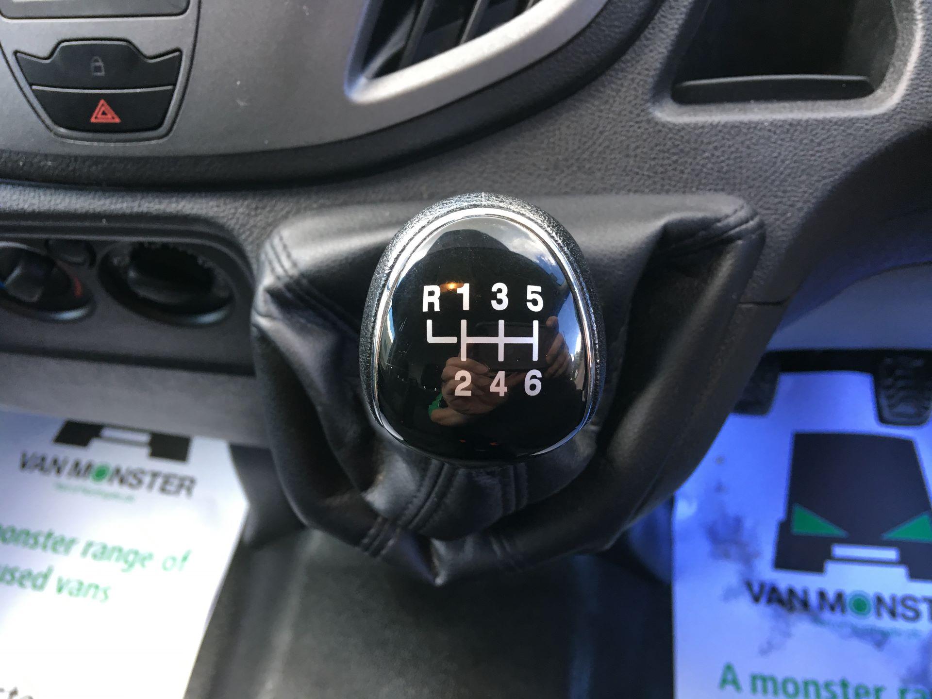 2017 Ford Transit 350 L4 H3 VAN 130PS EURO 6 JUMBO (BJ67AZC) Image 4