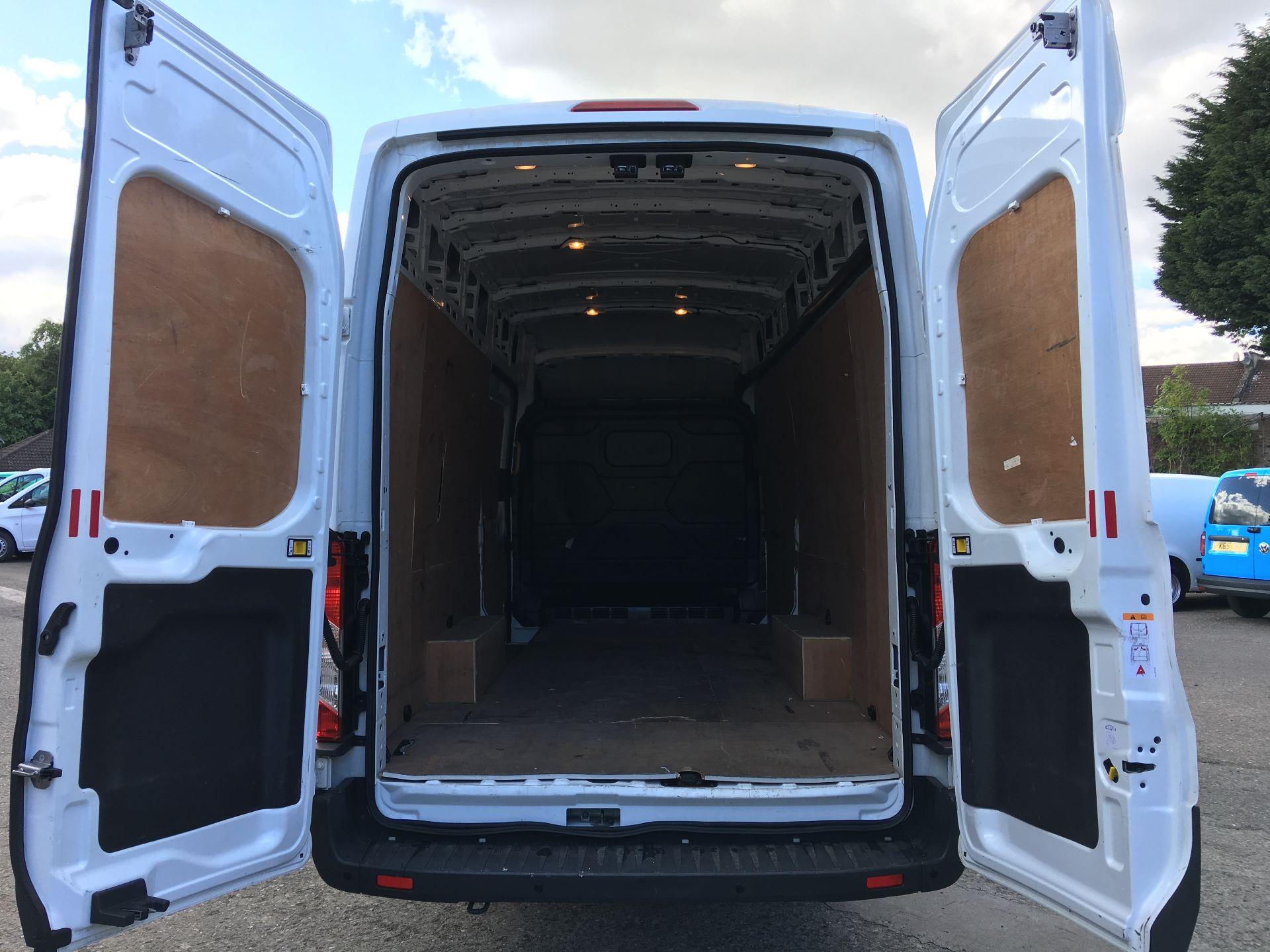2017 Ford Transit 350 L4 H3 VAN 130PS EURO 6 JUMBO (BJ67AZC) Image 18