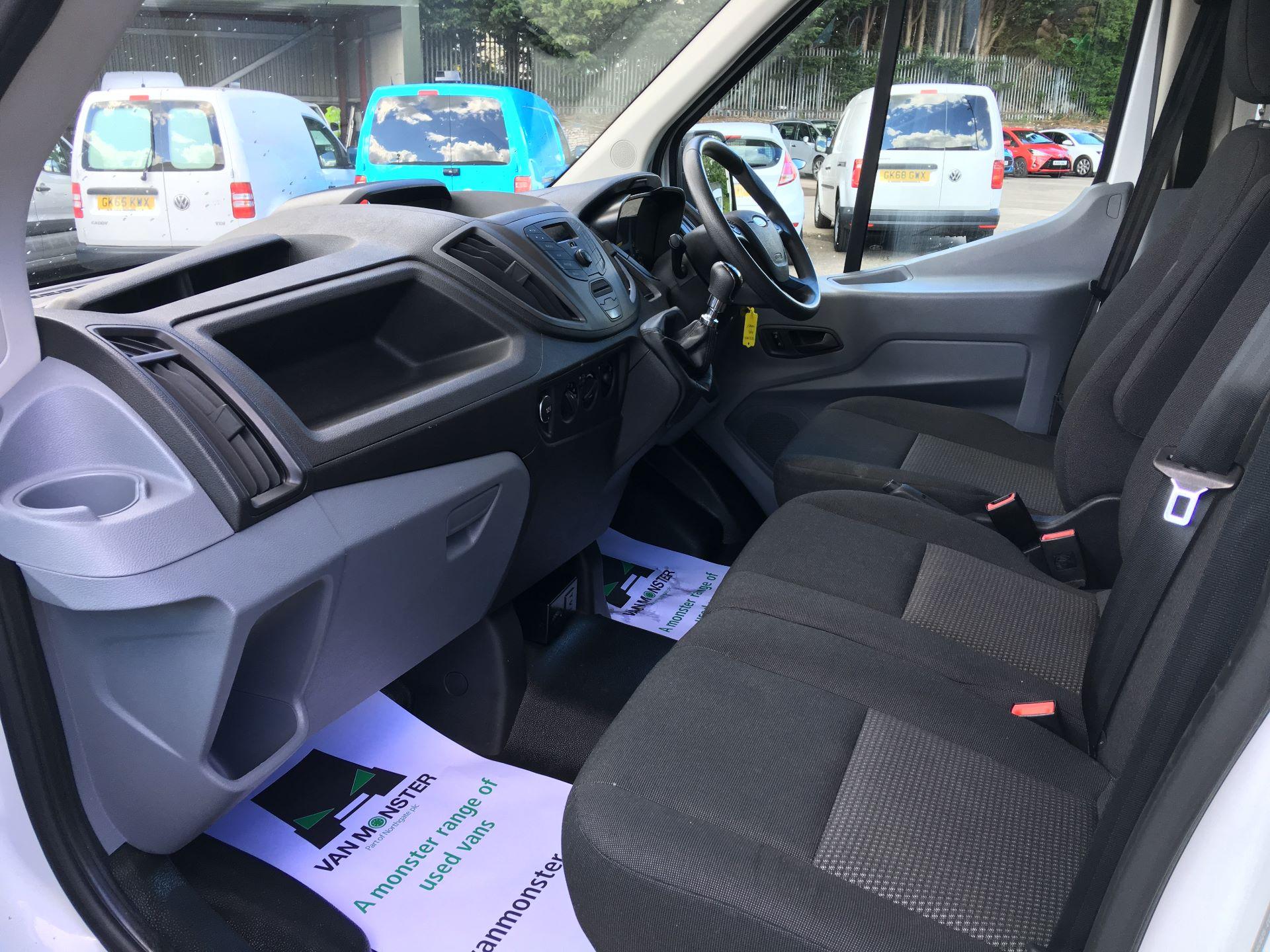 2017 Ford Transit 350 L4 H3 VAN 130PS EURO 6 JUMBO (BJ67AZC) Image 13