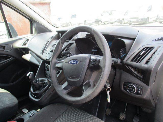 2017 Ford Transit Connect 200 L1 DIESEL 1.5 TDCI 100PS EURO 6 (BK17MVT) Image 13