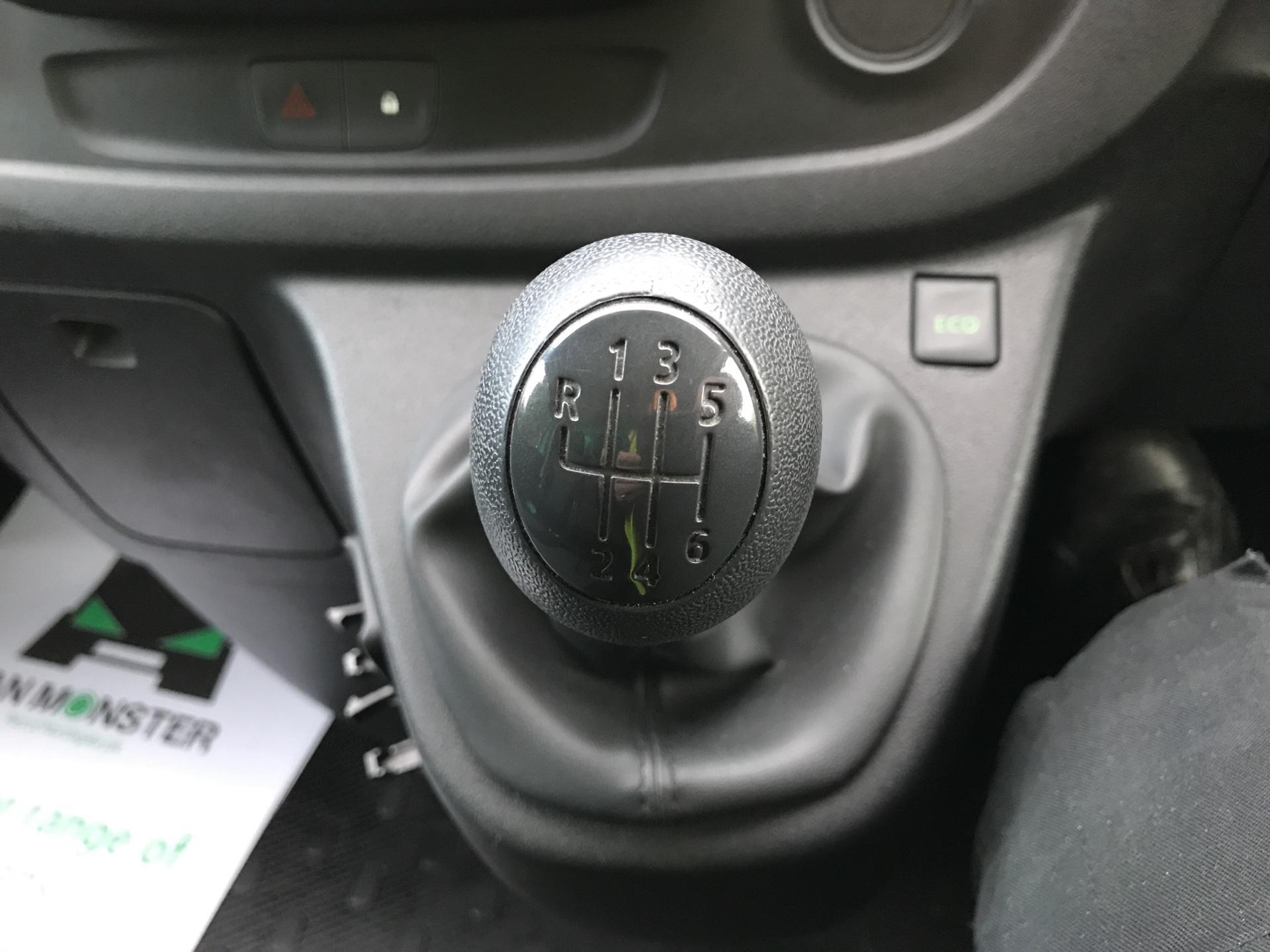 2017 Vauxhall Vivaro L2 H1 2900 1.6 CDTI 95PS EURO 6 (VALUE RANGE VEHICLE - CONDITION REFLECTED IN PRICE) (BK17OJZ) Image 11