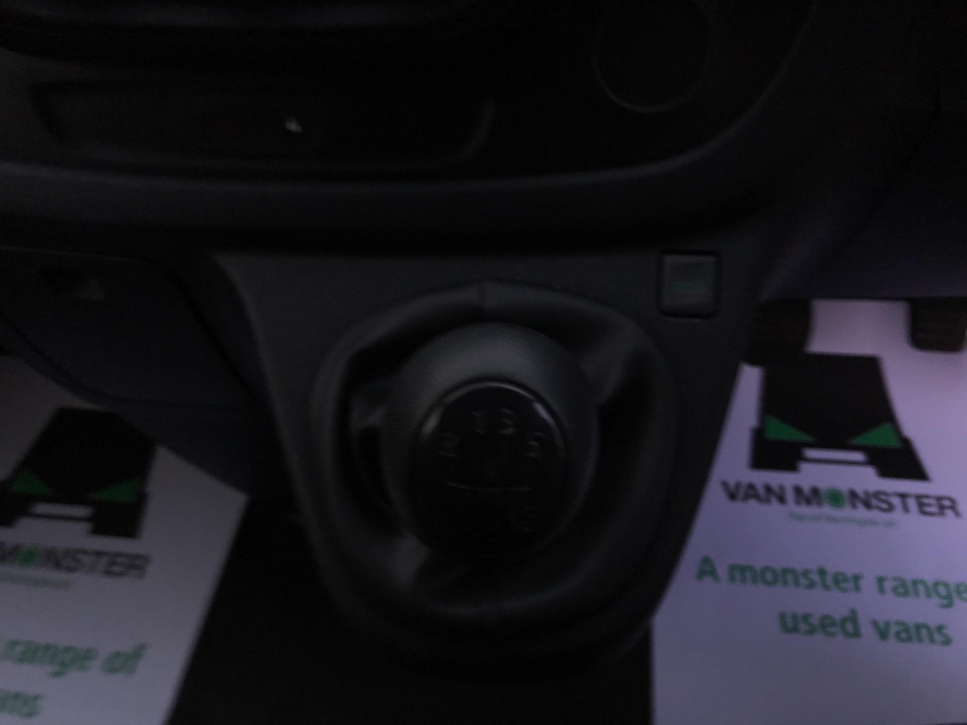 2017 Vauxhall Vivaro L2 H1 2900 1.6CDTI 95PS EURO 6 *VALUE RANGE VEHICLE CONDITION REFLECTED IN PRICE* (BK17OND) Image 11