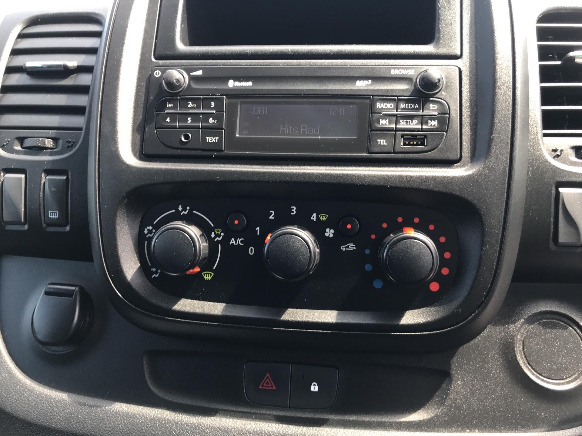 2017 Vauxhall Vivaro L2 H1 2900 1.6 95PS EURO 6 (BK17ONM) Image 10