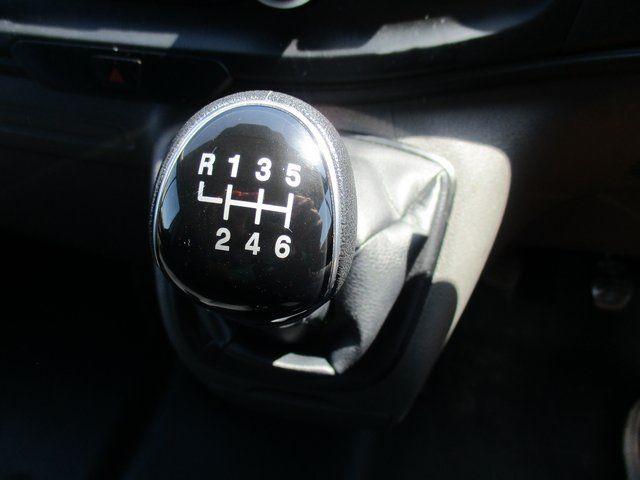 2018 Ford Transit Custom 300 L1 DIESEL FWD 2.0 TDCI 105PS LOW ROOF VAN EURO 6. AIR CON (BK18GWZ) Image 15