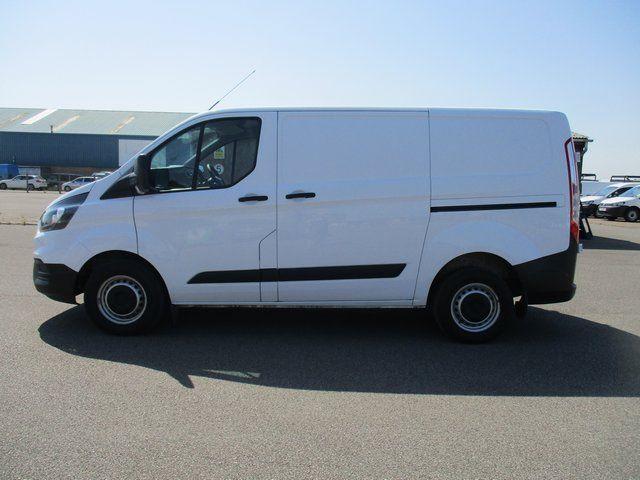 2018 Ford Transit Custom 300 L1 DIESEL FWD 2.0 TDCI 105PS LOW ROOF VAN EURO 6. AIR CON (BK18GWZ) Image 8