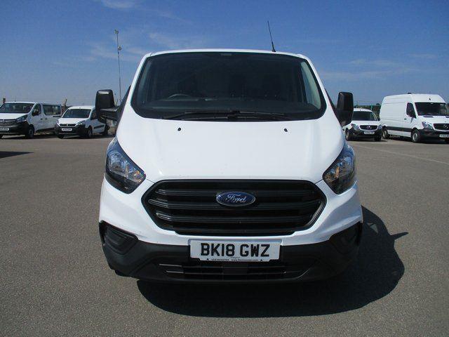 2018 Ford Transit Custom 300 L1 DIESEL FWD 2.0 TDCI 105PS LOW ROOF VAN EURO 6. AIR CON (BK18GWZ) Image 2
