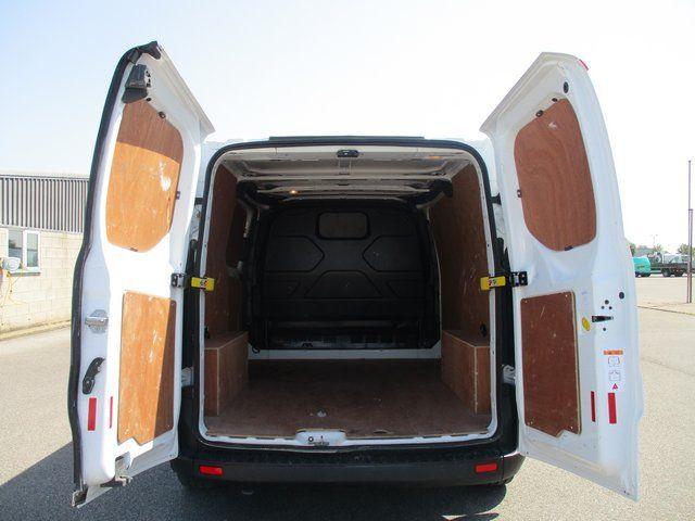 2018 Ford Transit Custom 300 L1 DIESEL FWD 2.0 TDCI 105PS LOW ROOF VAN EURO 6. AIR CON (BK18GWZ) Image 10