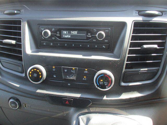 2018 Ford Transit Custom 300 L1 DIESEL FWD 2.0 TDCI 105PS LOW ROOF VAN EURO 6. AIR CON (BK18GWZ) Image 14