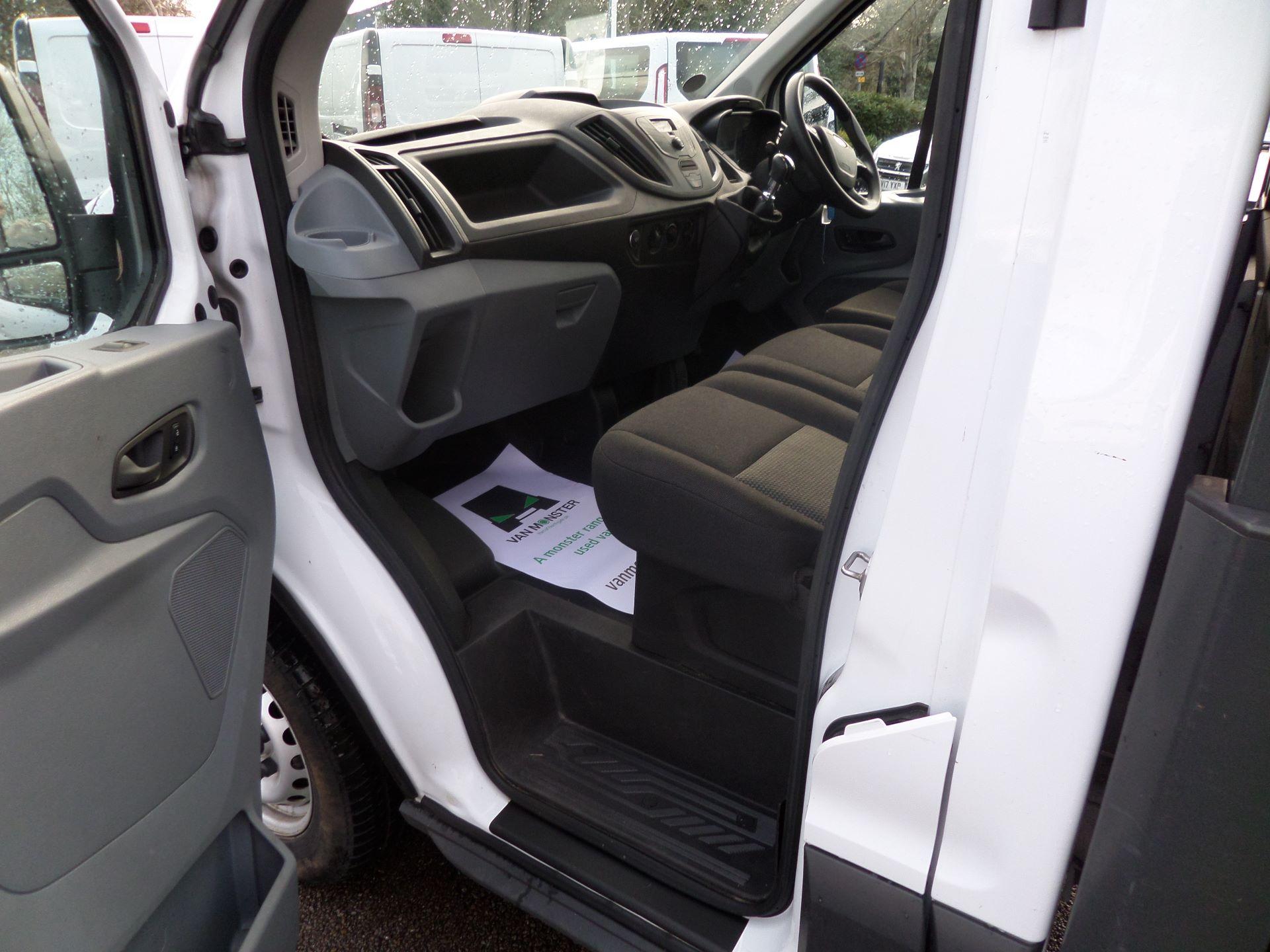 2018 Ford Transit 2.0 Tdci 130Ps Dropside Euro 6 (BK18JUT) Image 6