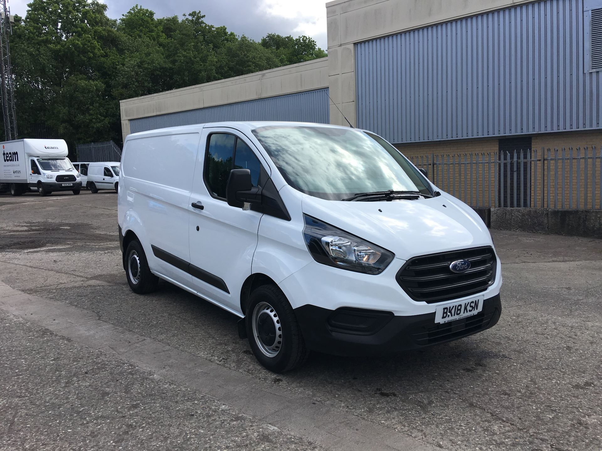 2018 Ford Transit Custom 300 L1 DIESEL FWD 2.0 ECOBLUE 105PS LOW ROOF EURO 6 (BK18KSN)