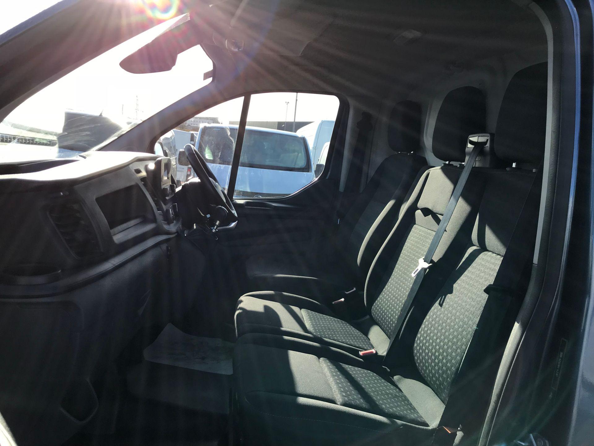 2018 Ford Transit Custom 2.0 Ecoblue 105Ps Low Roof Trend Van (BK68ZKC) Image 15