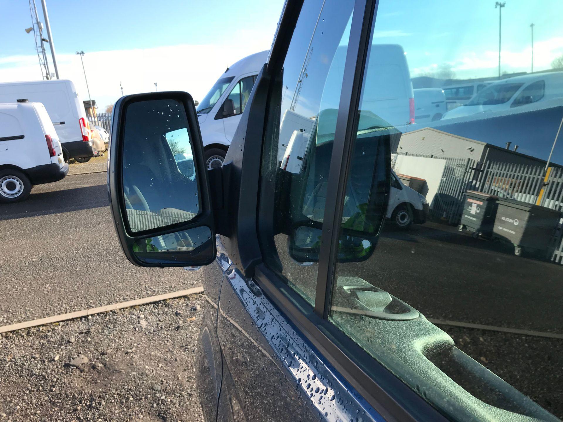 2018 Ford Transit Custom 2.0 Ecoblue 105Ps Low Roof Trend Van (BK68ZKC) Image 14